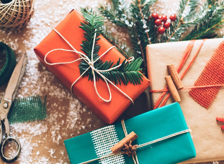 GivingThe Ultimate Christmas Gift While Saving Money